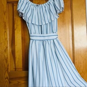 Forever 21 Contemporary Dress L